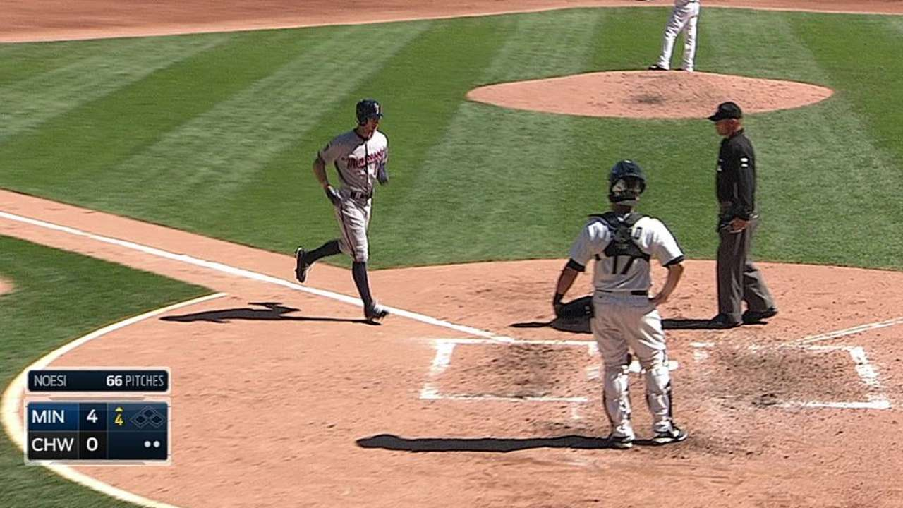 May fans career-high 10 as Twins top White Sox