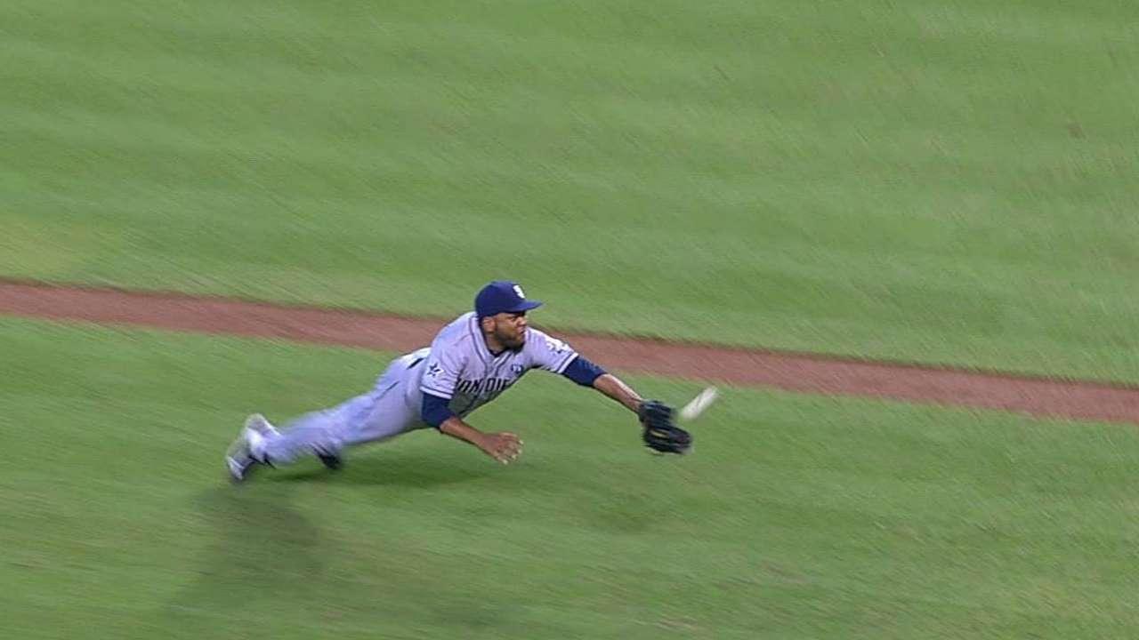 Despaigne, defense falter as Padres lose series