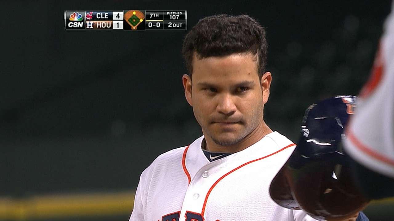 Altuve impuso marca de hits en derrota de Astros