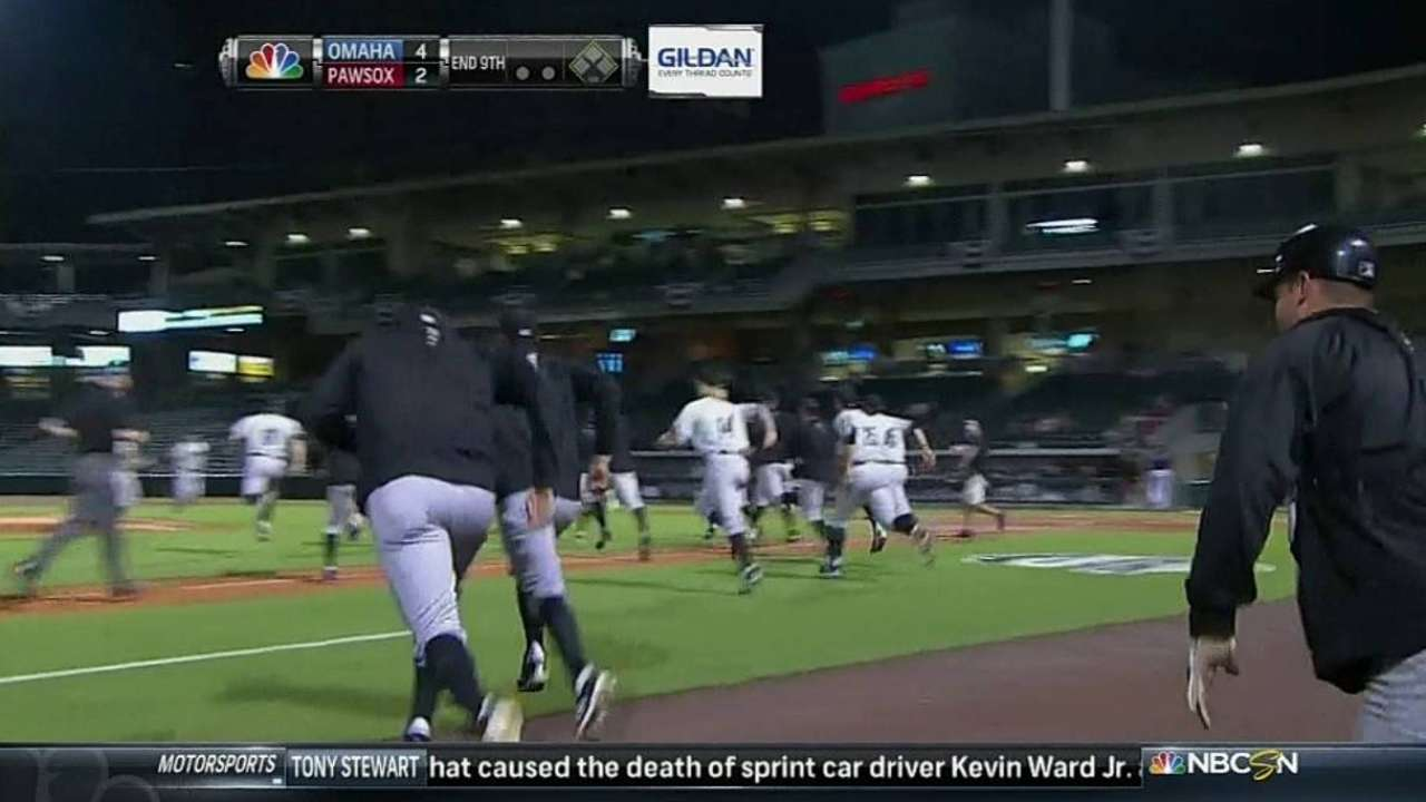Hayes' late homer lifts Omaha to Triple-A title