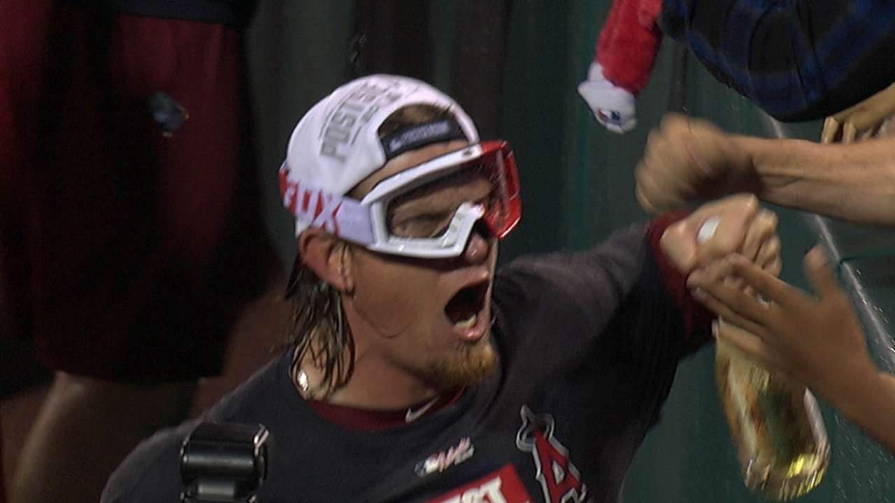Fans celebrate as Angels clinch