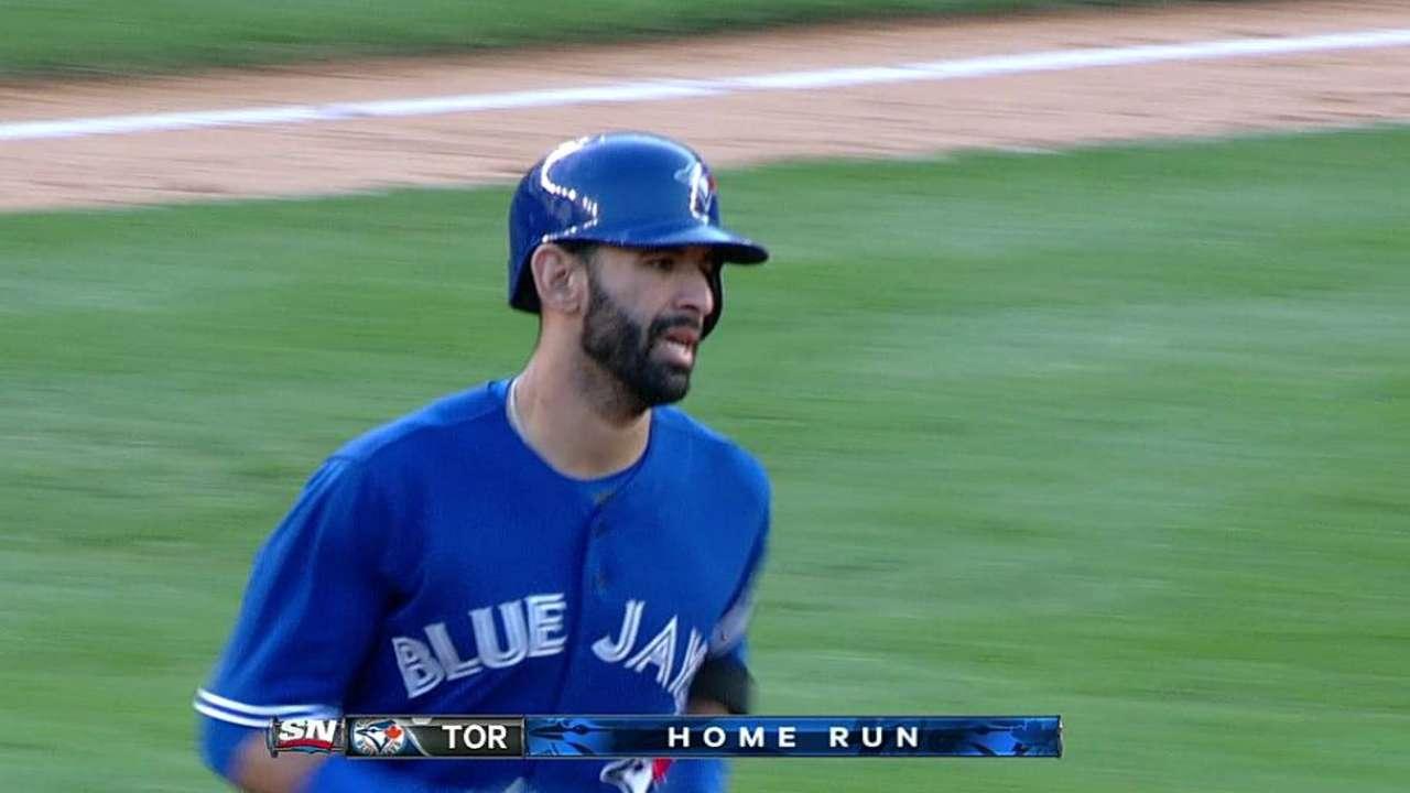 Toronto salió del bache para doblegar a Yankees
