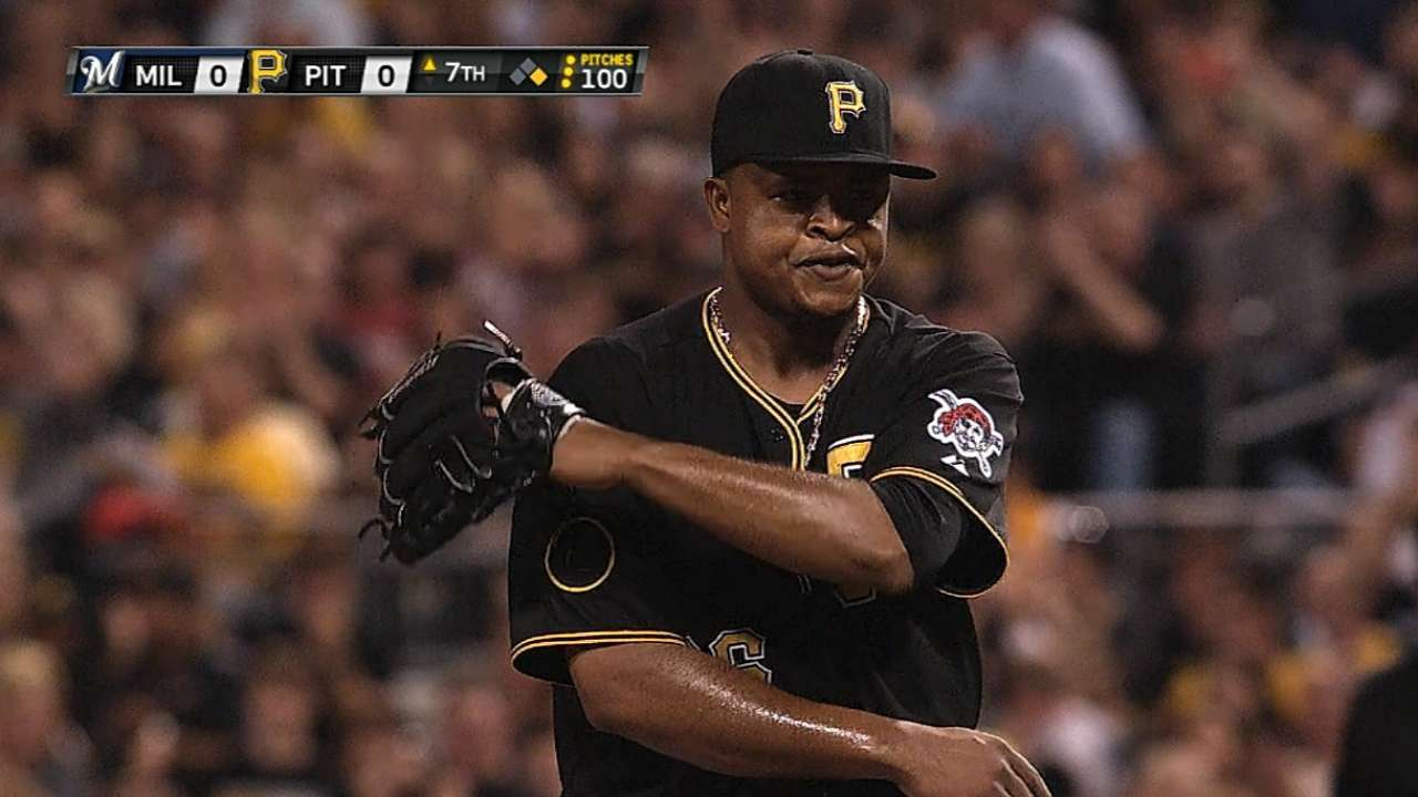 Pirates edged by Brewers, fall back in Central