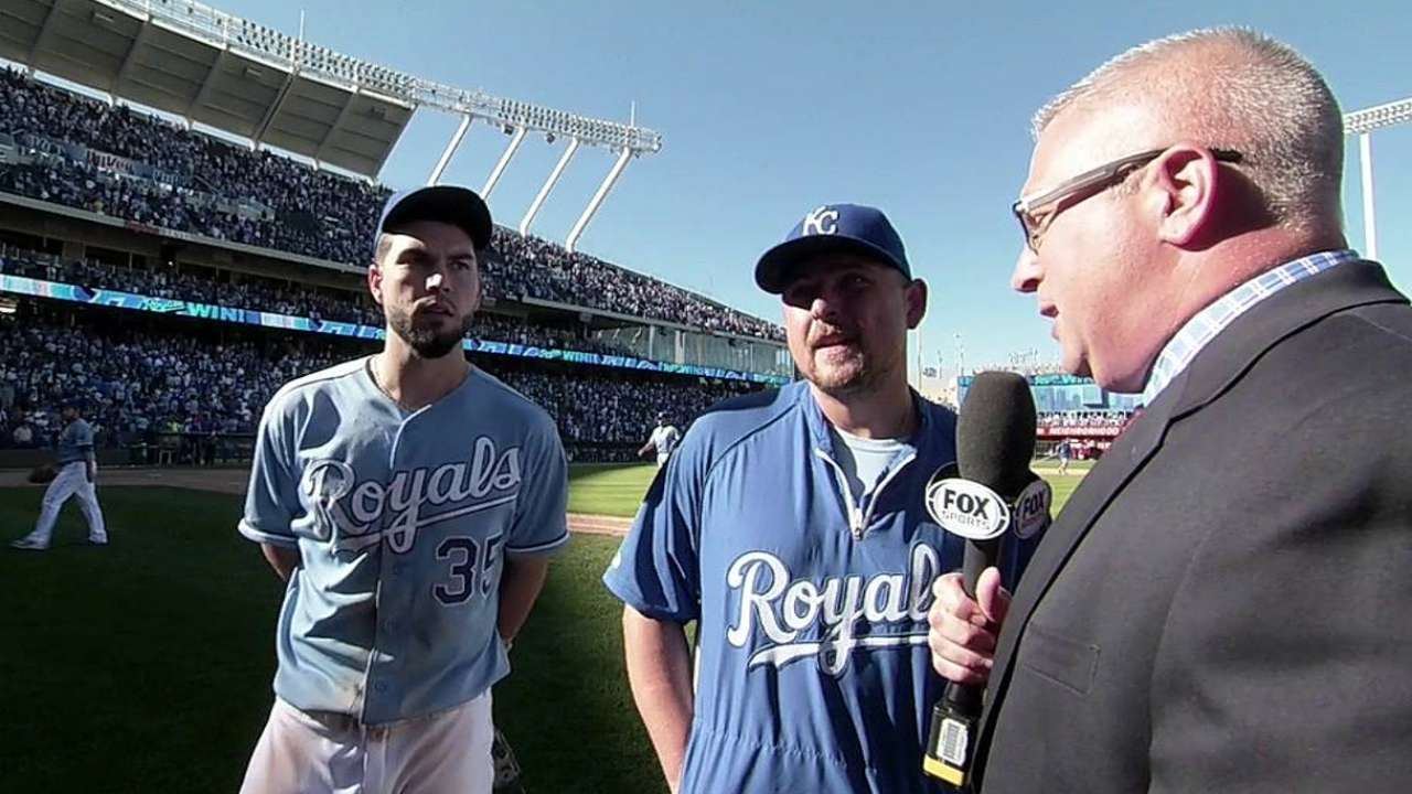 Royals fans show appreciation for Butler in Kauffman finale