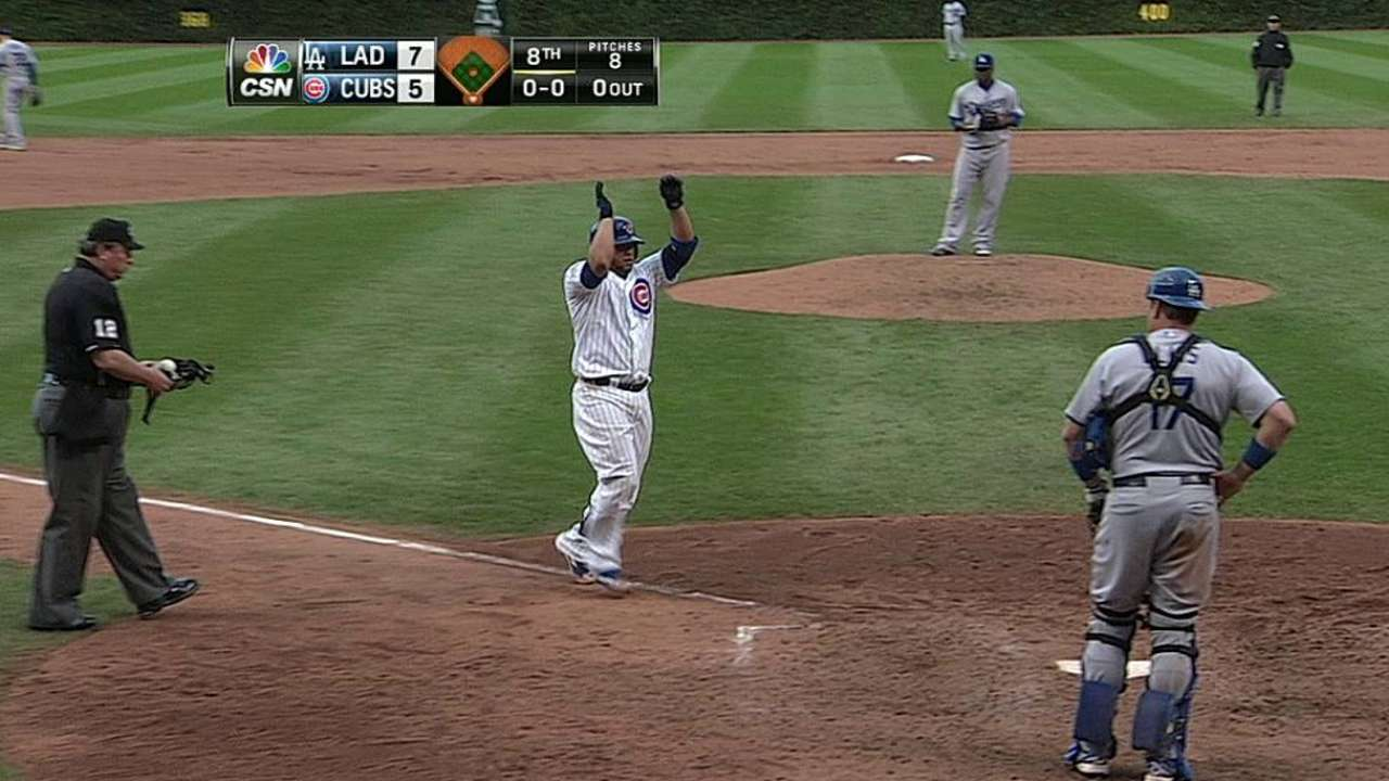 Cubs outslugged in final '14 day game at Wrigley
