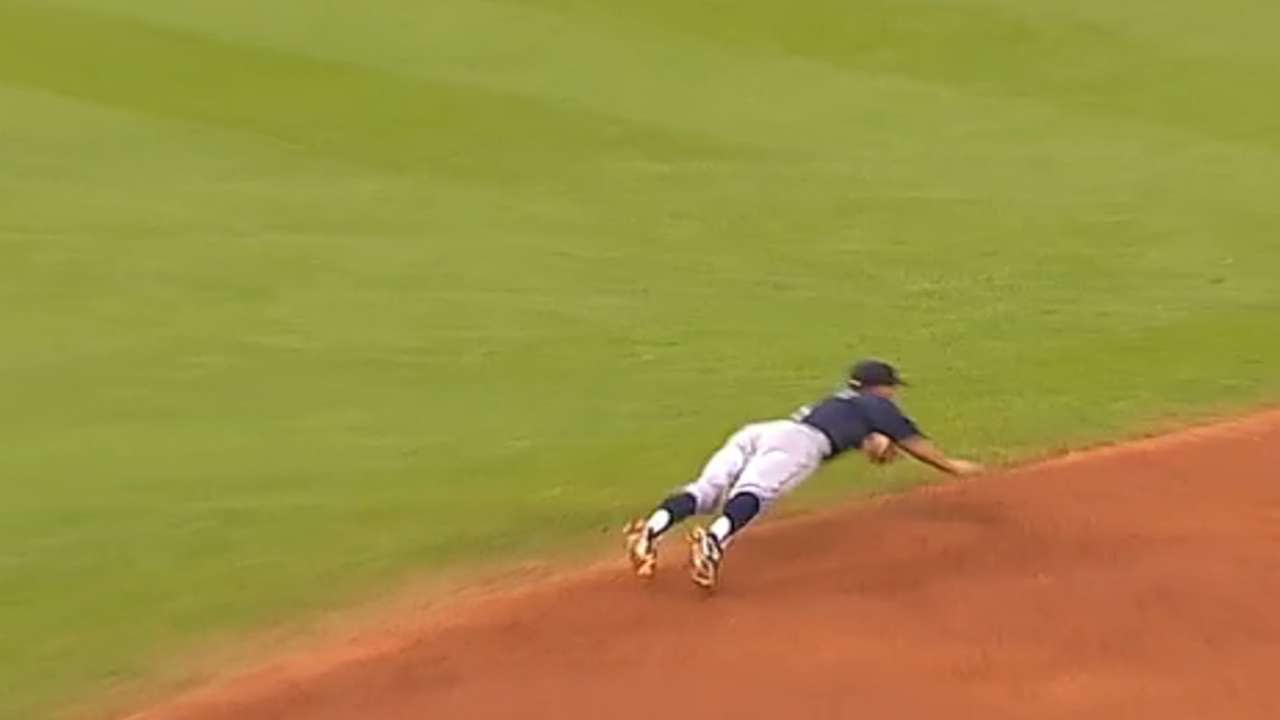 Taylor's diving play