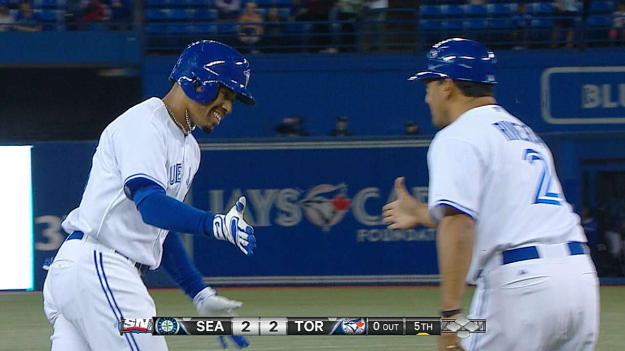 Blue Jays' playoff hopes end despite rout of Mariners