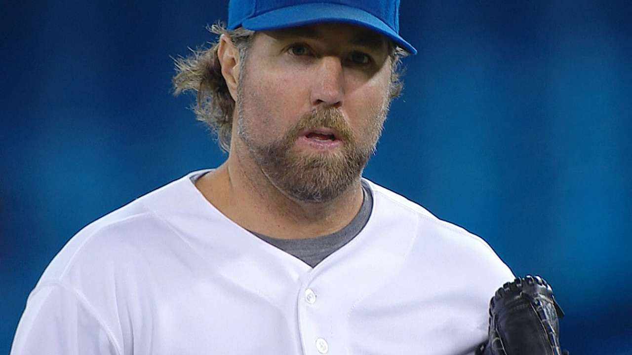 Dickey deals for 14th win