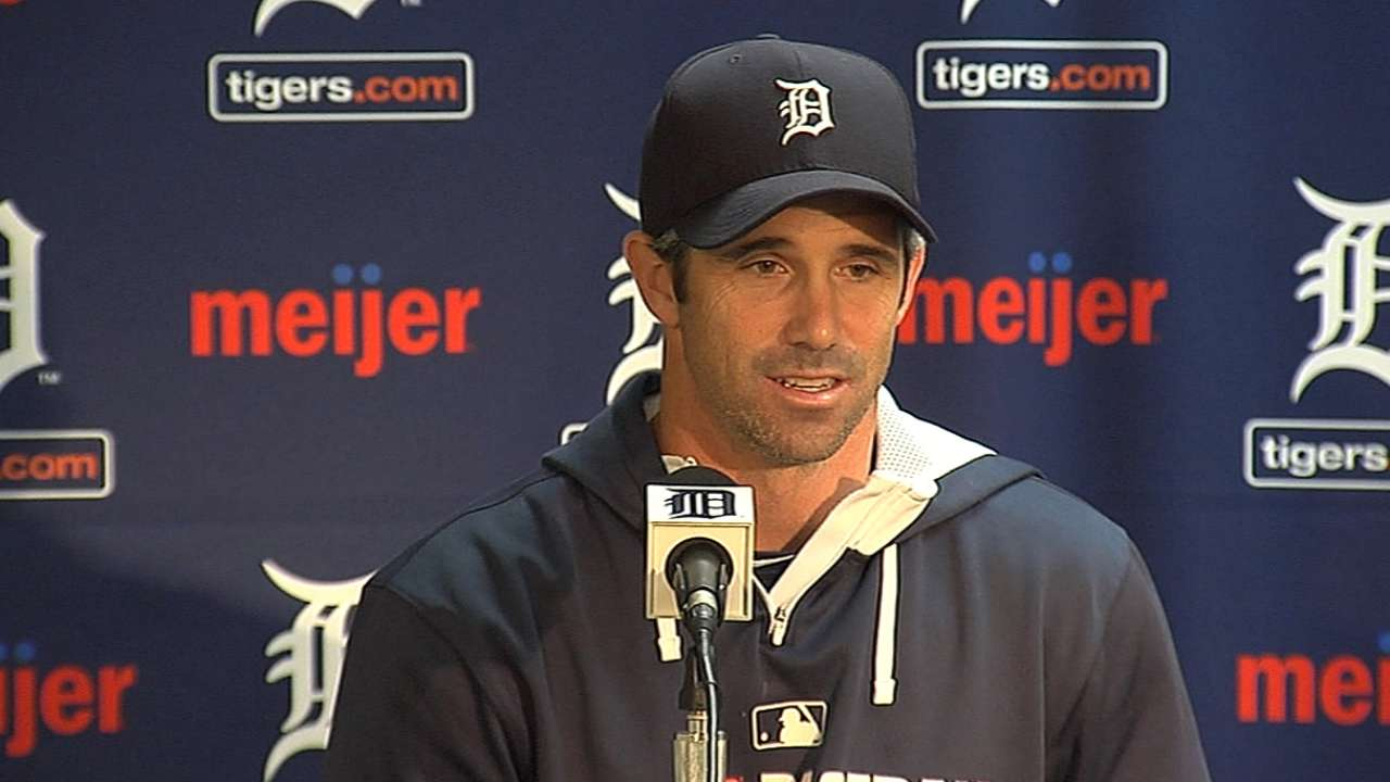 Ausmus defends decision to stay with Price