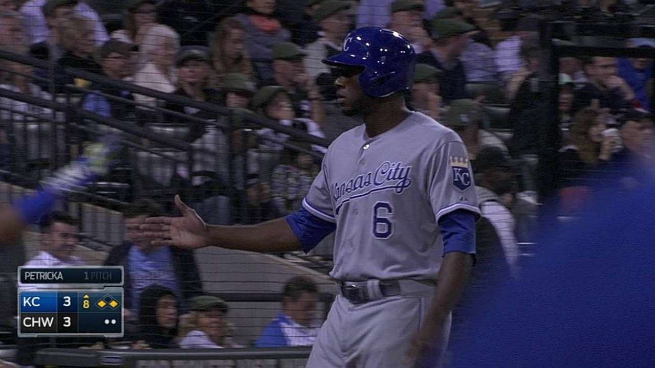 Quintana surpasses 200 innings in loss to Royals