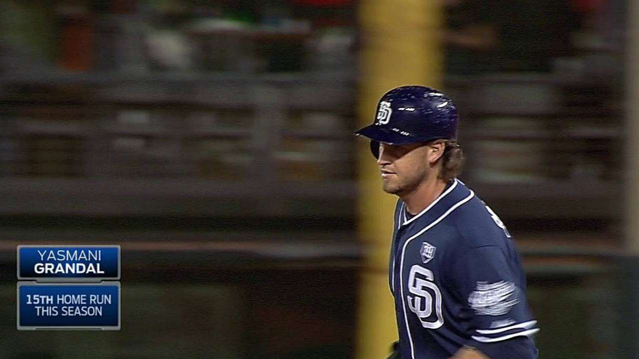 Homer barrage doesn't hold up for Padres