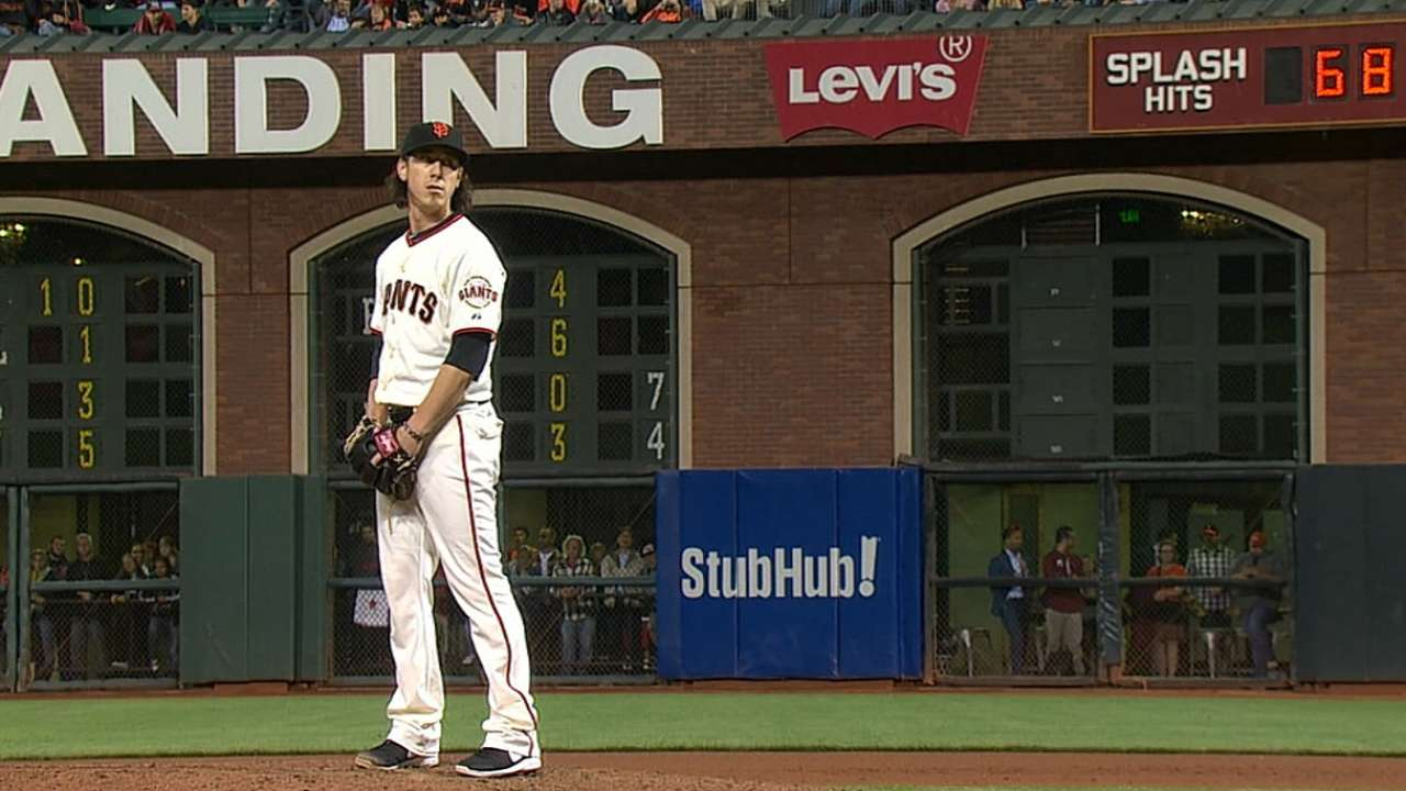 Light work gives Lincecum 100th career win