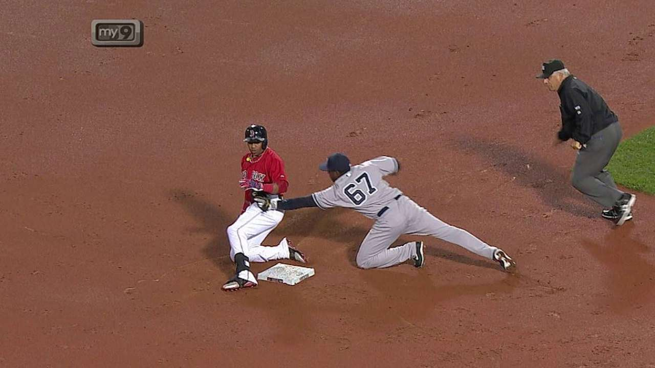 Yanks win challenge on safe call at second base