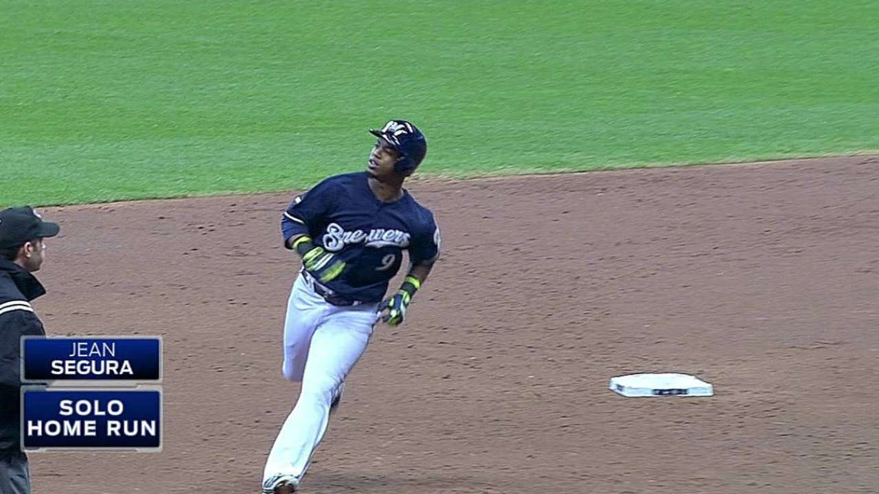 Brewers' bats unable to pick up Nelson