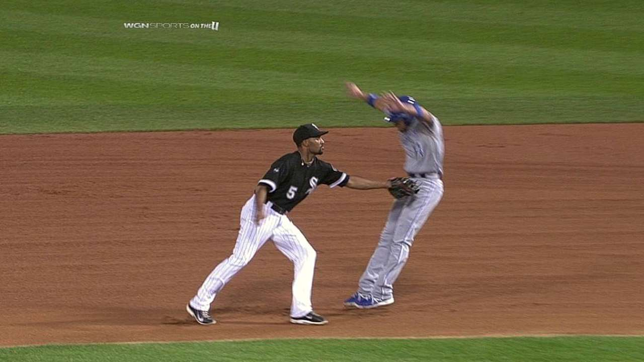 White Sox credited with double play following replay