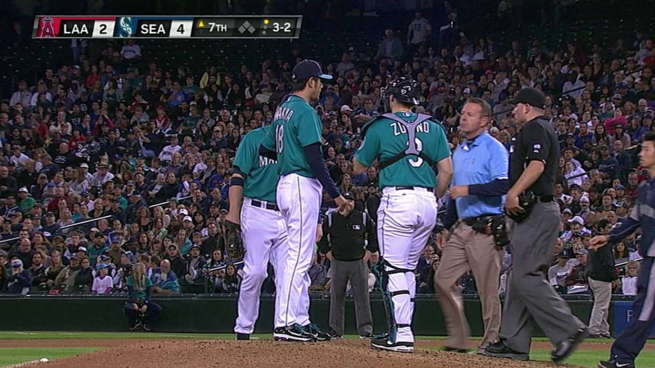 Iwakuma OK after discomfort causes early exit