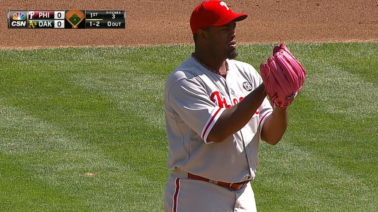 Phillies sign right-hander Williams to one-year deal