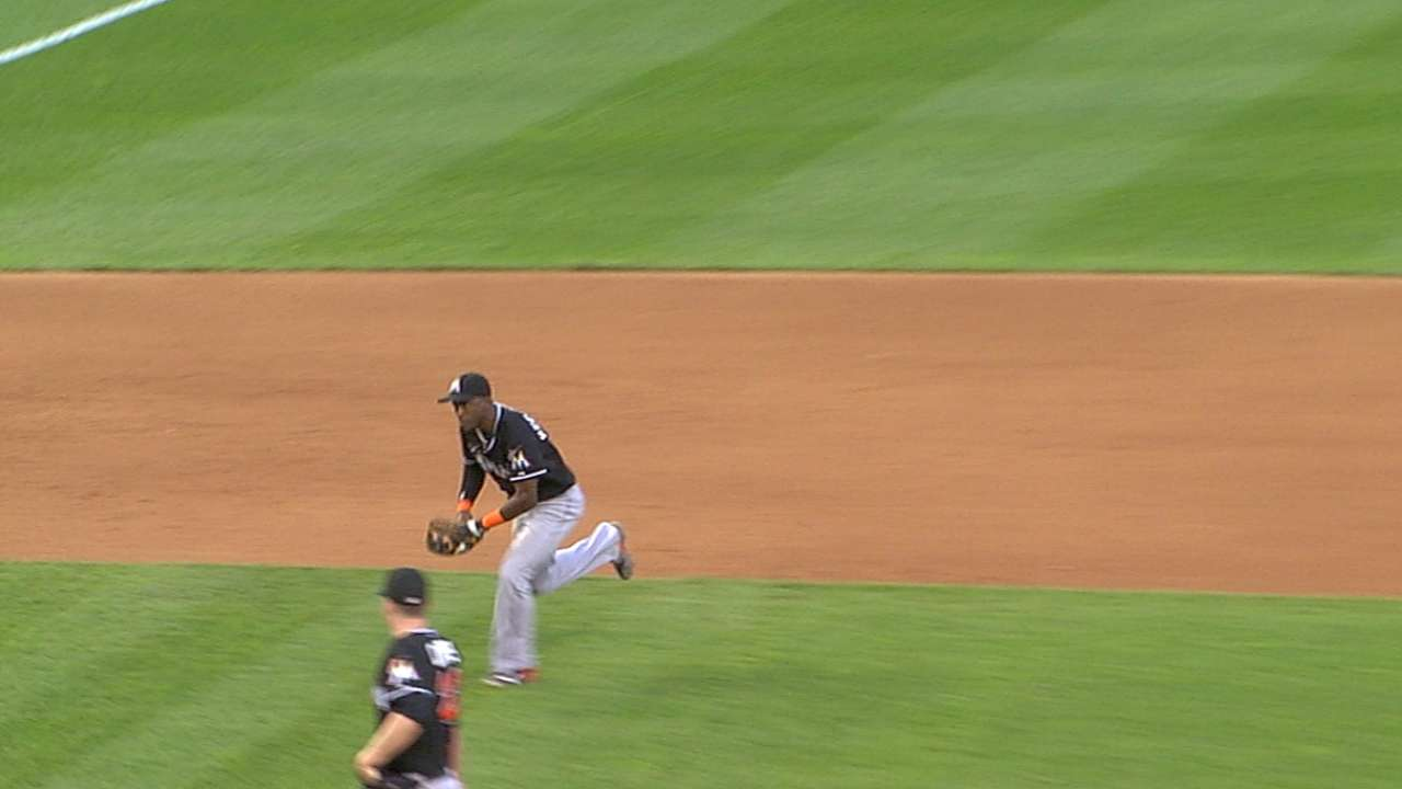 Hechavarria's throw home
