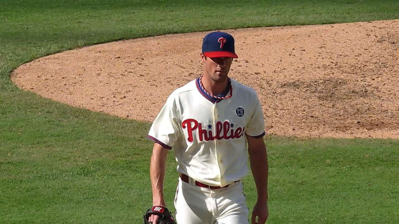 Hamels' eight strong innings