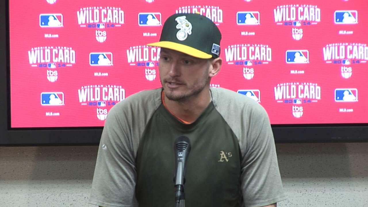 Elbow pain keeps O'Flaherty off A's WC roster