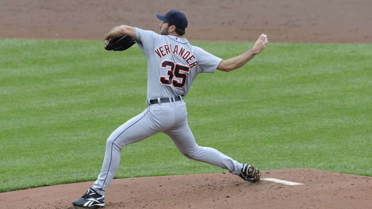 Verlander delivers when spotlight is at its brightest