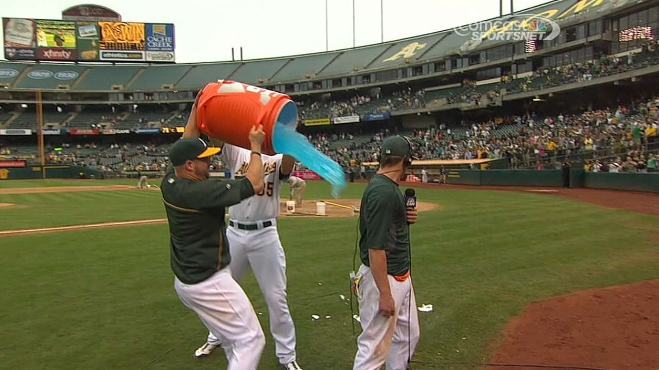 A's 2014 proves to be a tale of two seasons