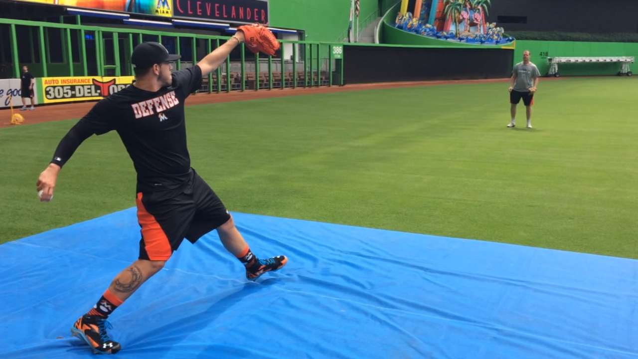 Fernandez practicing patience with throwing program