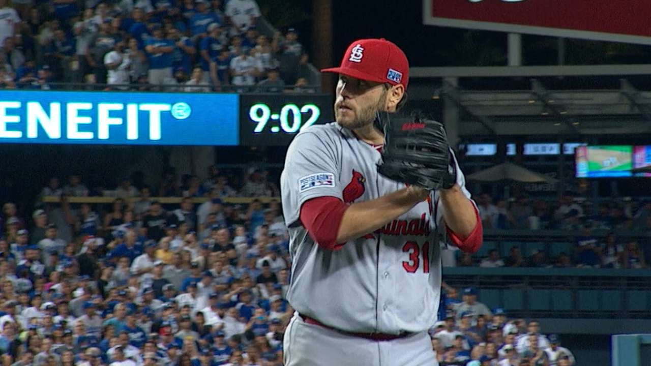 Solid Lynn grinds through outing to keep Cards close