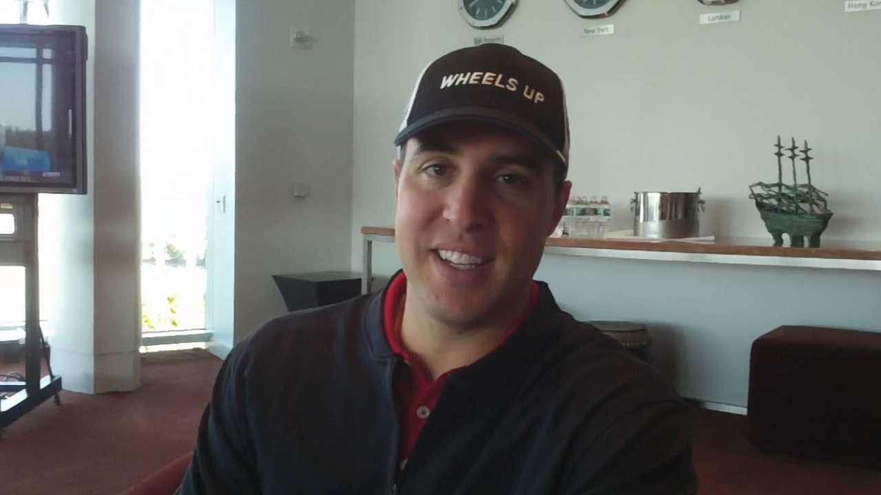 Teixeira plays golf for charity, evaluates his season