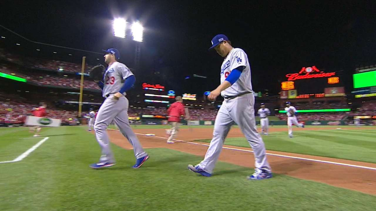 Ryu holds his end of the bargain in tough loss