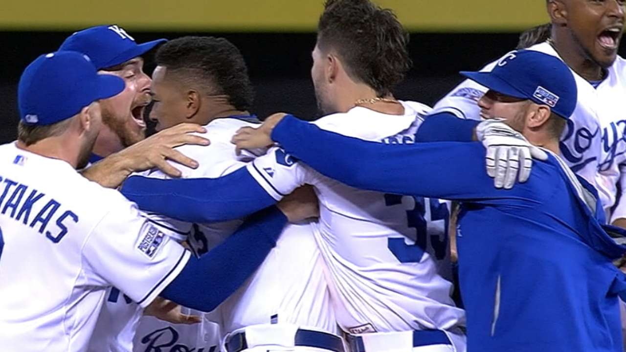 Royals rally for Wild win