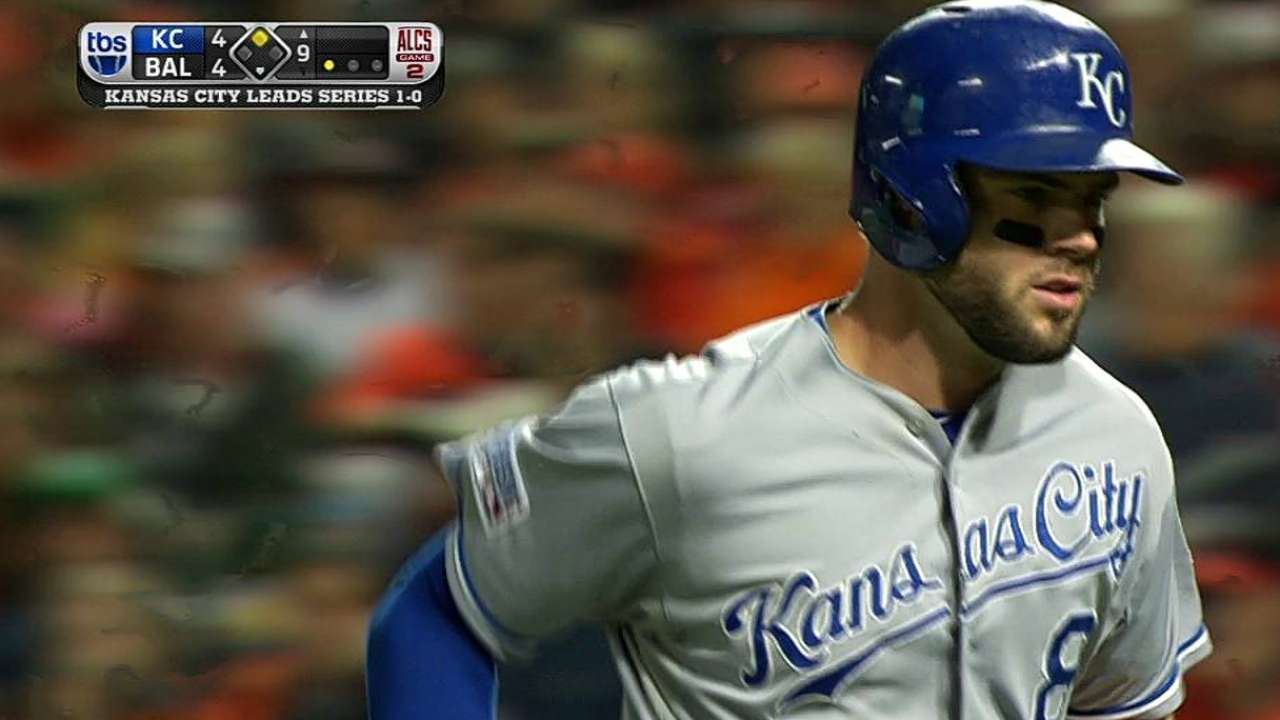 Moose drops down sac bunt