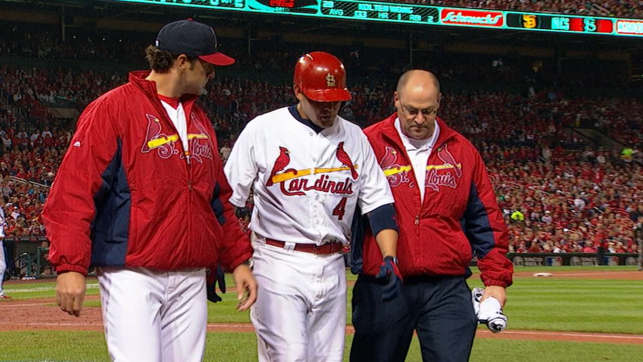 Cards show resolve without Molina, fight through adversity