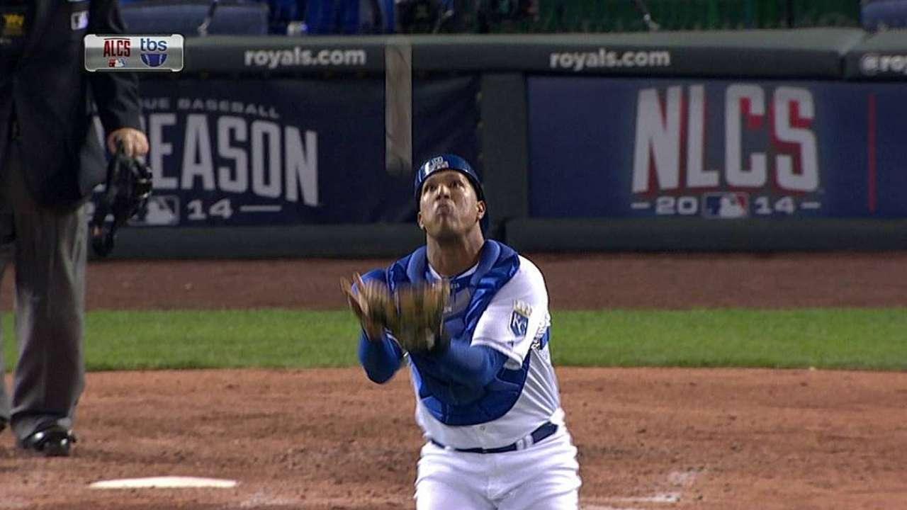 Perez's tough catch