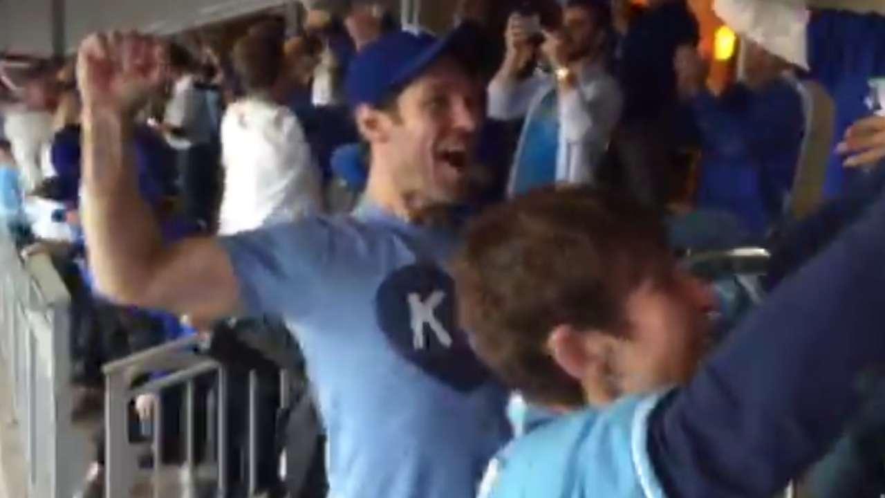 Paul Rudd celebrates ALCS win