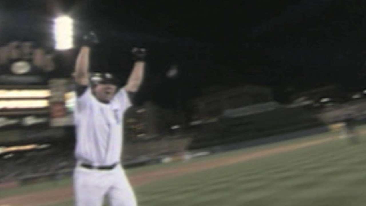 Ishikawa joins rare company with walk-off homer