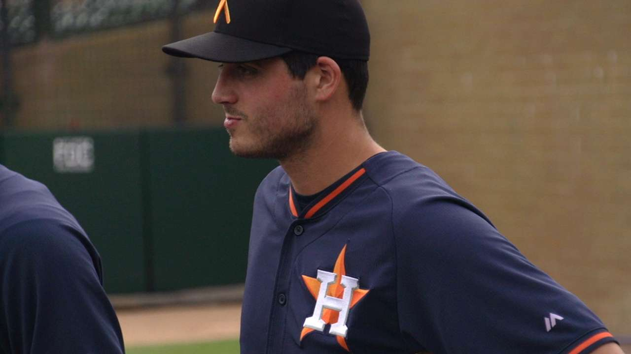 Astros' Velasquez backed by offense in AFL win