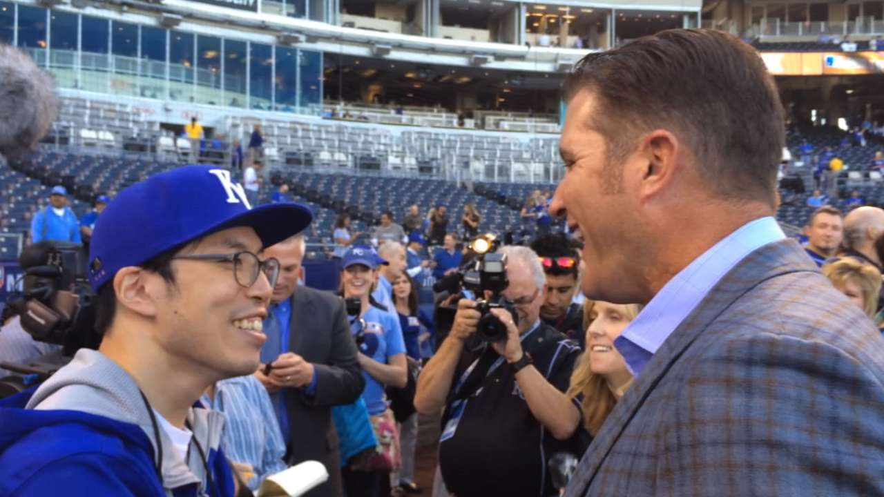Royals superfan SungWoo Lee to return for World Series