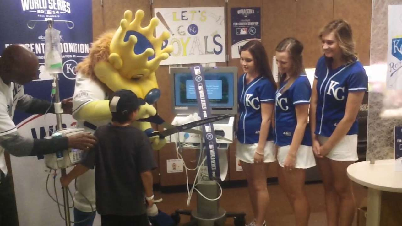 Royals, MLB open Starlight Fun Center at KU Med