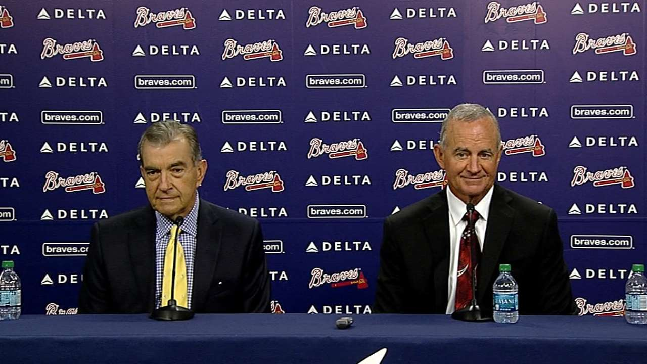 Hart named Braves' president of baseball operations