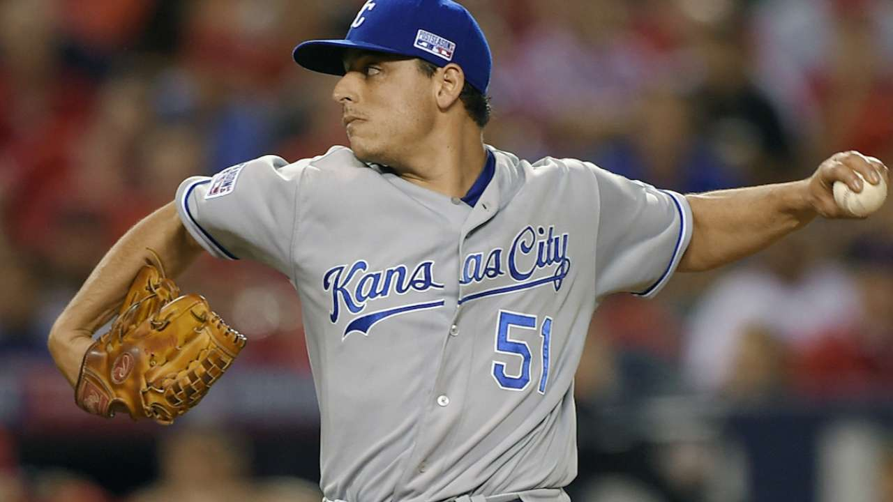 Vargas aims to use AT&T Park to his advantage