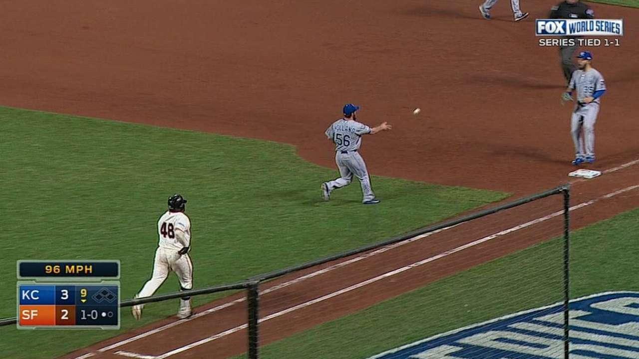 Sandoval's postseason on-base streak ends in loss