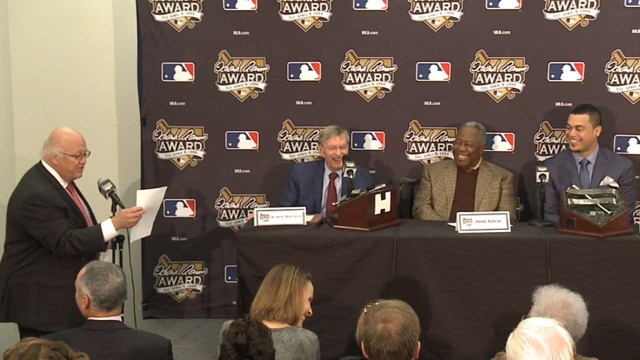 Mutual respect on display as Aaron honors Selig