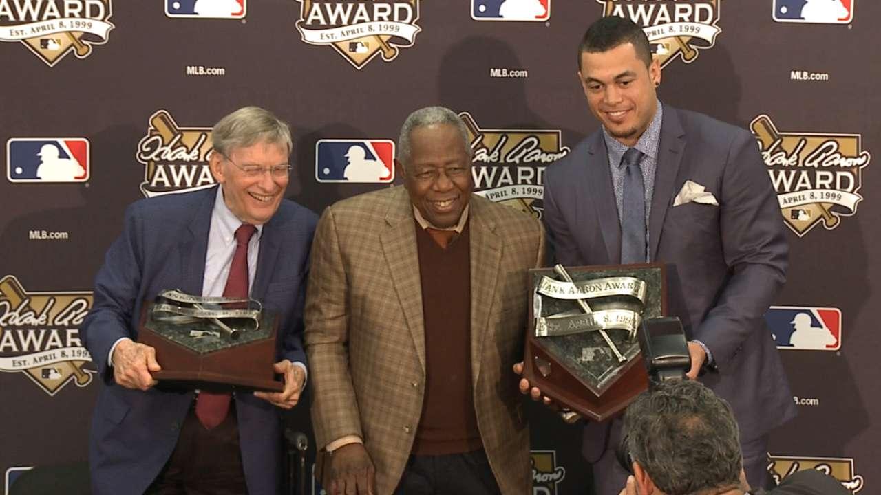 Stanton wins Hank Aaron Award