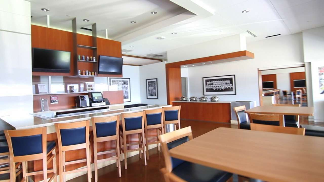 Target Field getting new bar, multipurpose suite