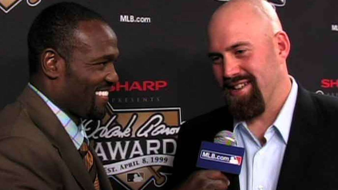 Three-time All-Star Youkilis retires from baseball