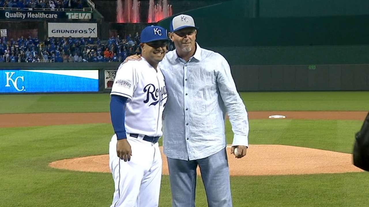 Royals' Game 7 hero Saberhagen gets call for first pitch