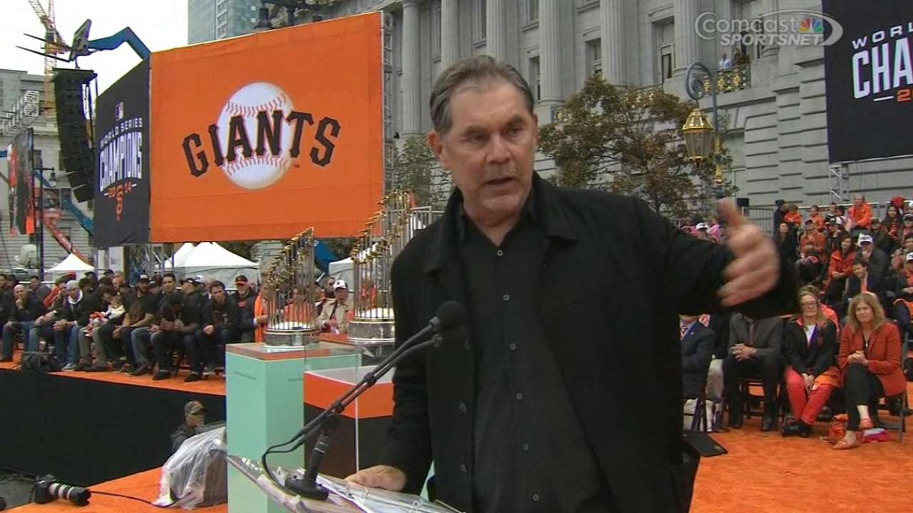 Bochy thanks the fans