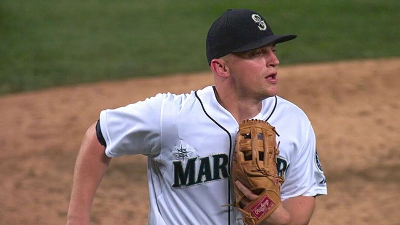 Seattle Mariners' Kyle Seager wins Gold Glove for AL third ...