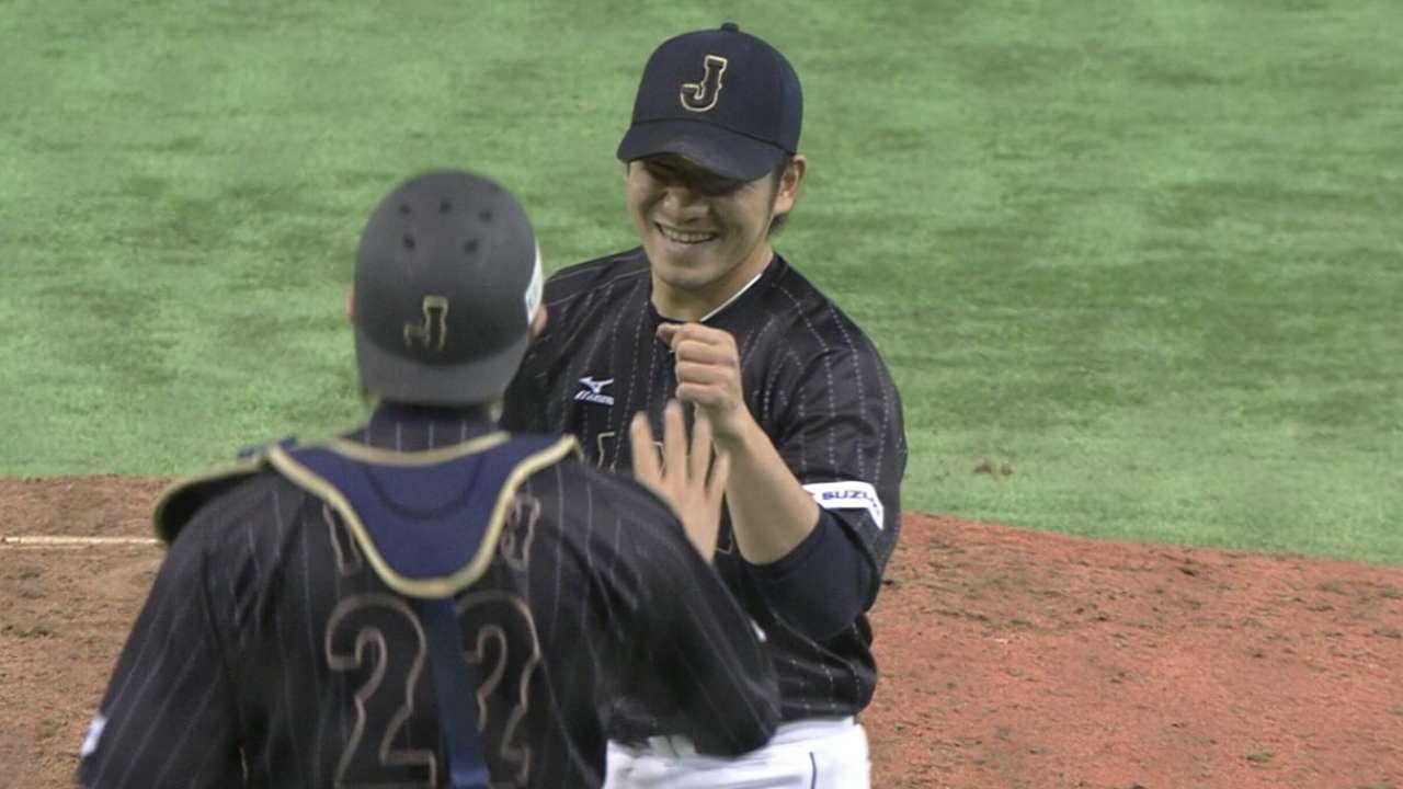 Japan knocks around MLB countrymen
